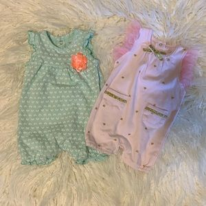 Bundle of two baby girl rompers